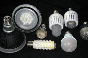 O úsporné LED žárovky není příliš zájem: Jak je vybírat správně?