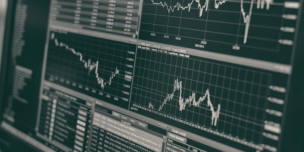 Studenti si mohou vyzkoušet obchodování na kapitálových trzích