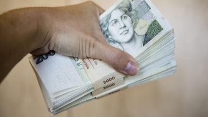Porovnávejte nabídky půjček a ušetřete klidně i několik tisíc korun ročně