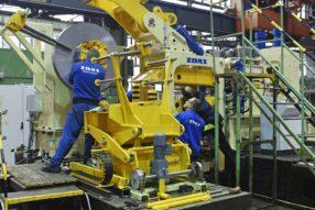 ŽĎAS je významná strojírenská společnost