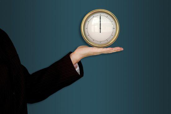 10 tipů, jak časově zvládnout studium na VŠ