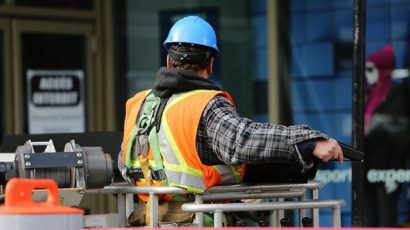 Proč je dobré zajistit si na stavbu technický dozor